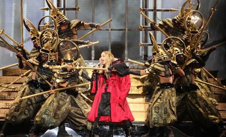 """Madonna, provocativa y nostálgica en su épica gira """"Rebel Heart"""""""