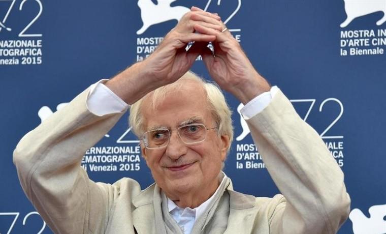 Bertrand Tavernier recibe el León de Oro en Venecia