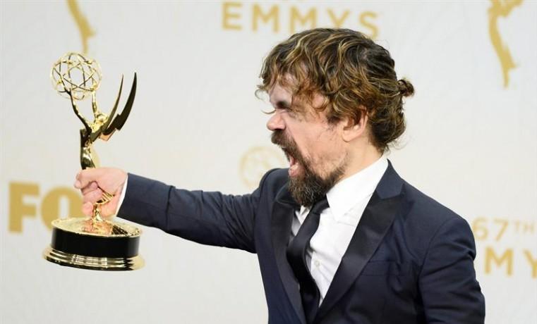 """""""Game of Thrones"""" rompe el récord de los Emmy con 12 estatuillas"""