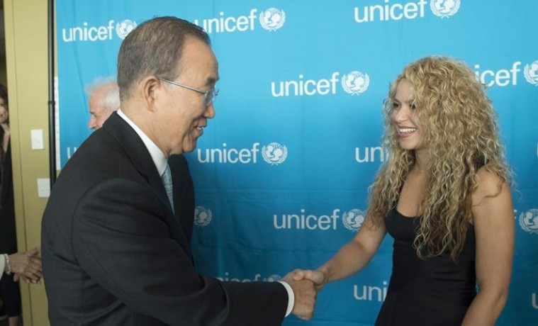 Shakira: Firma de paz debe ir acompañada de igualdad de oportunidades