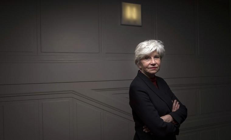 Laurence Tubiana, una embajadora francesa del clima en zapatillas deportivas