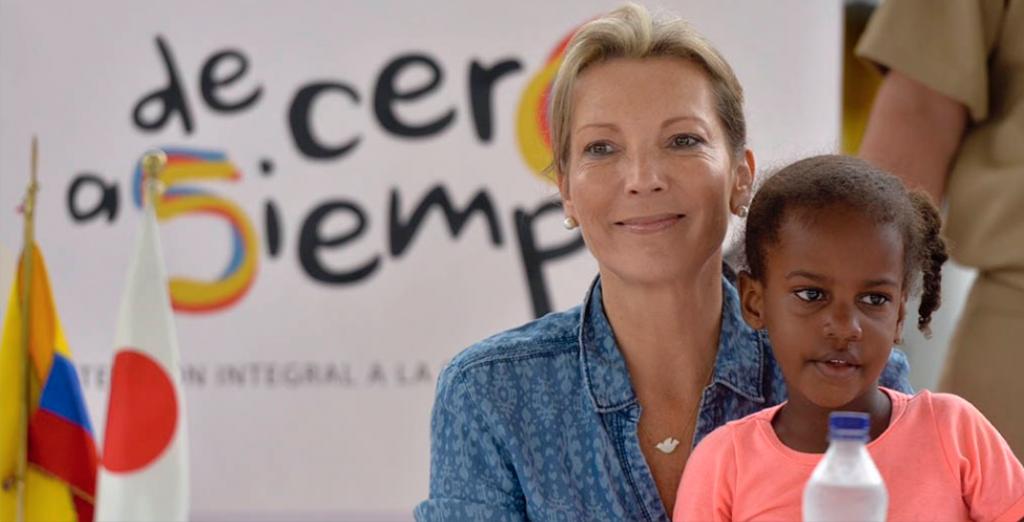 La esposa del presidente Juan Manuel Santos, María Clemencia Rodríguez de Santos, vocera de la Estrategia Presidencial 'De Cero a Siempre'. Imagen tomada de www.deceroasiempre.gov.co.