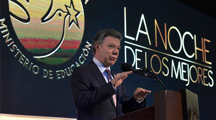 Los mejores bachilleres del país son la semilla de la paz: Presidente Santos