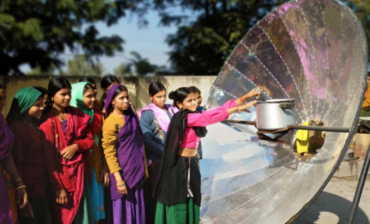 Objetivo #12 de la Agenda de Desarrollo Sostenible y su impacto en las mujeres y las niñas