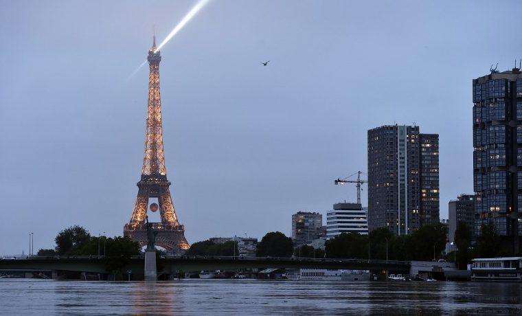 París en alerta ante la mayor crecida del Sena en 30 años