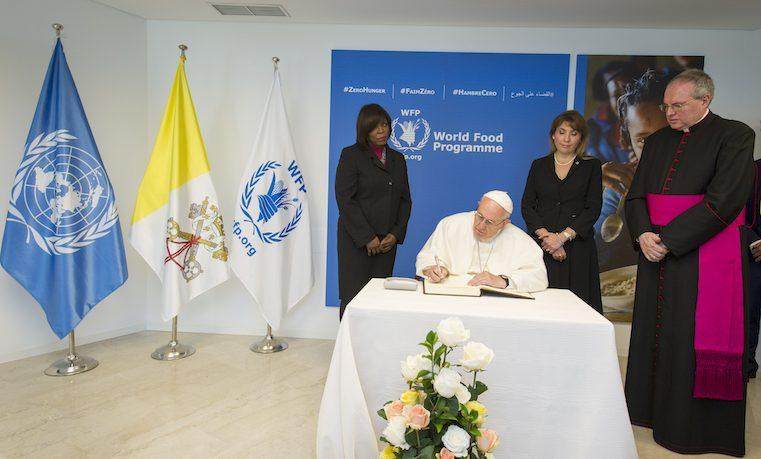Papa Francisco pide un mayor compromiso en la lucha por el Hambre Cero