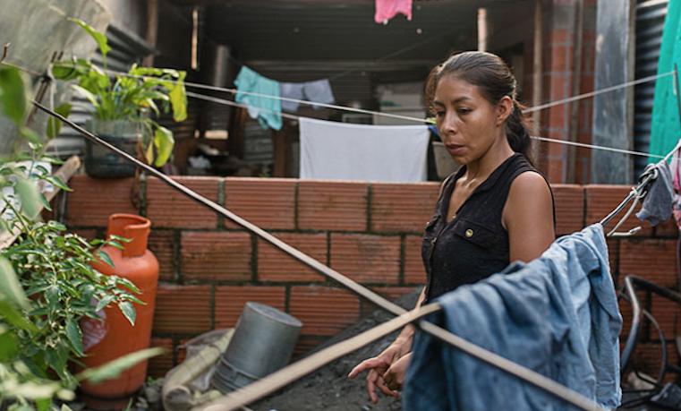Cambiando la narrativa sobre el papel de las mujeres en la construcción de la paz en Colombia