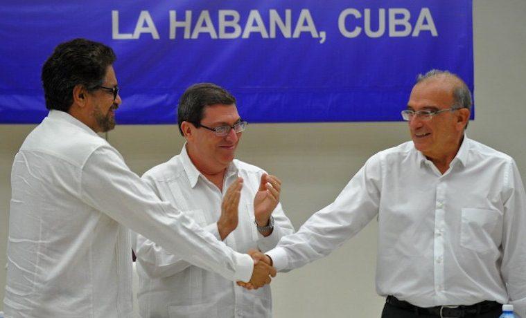 FARC y gobierno alcanzan Acuerdo Final de paz