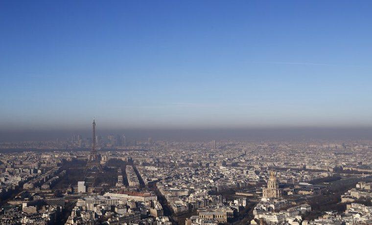 París padece su peor episodio de contaminación invernal en una década