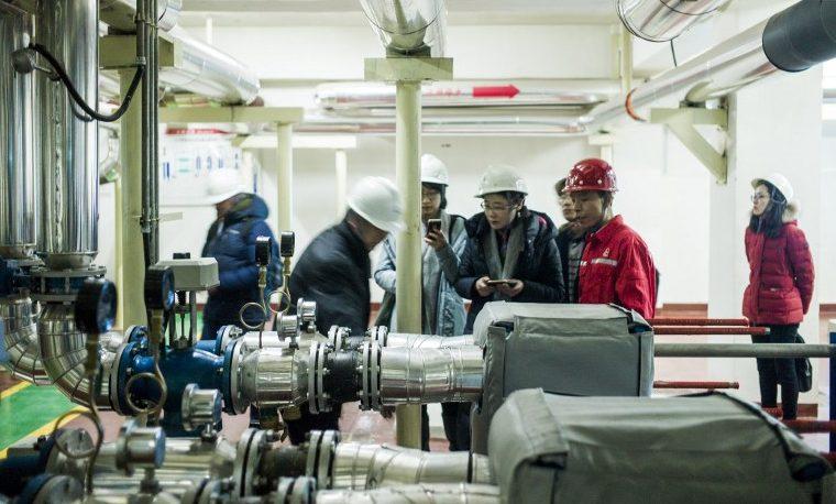Bombear el calor de la tierra, desafío de un gigante del petróleo en China