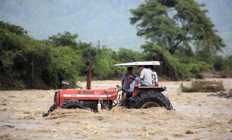 Aludes con muertes en Colombia y Perú ¿naturaleza inclemente o desidia?