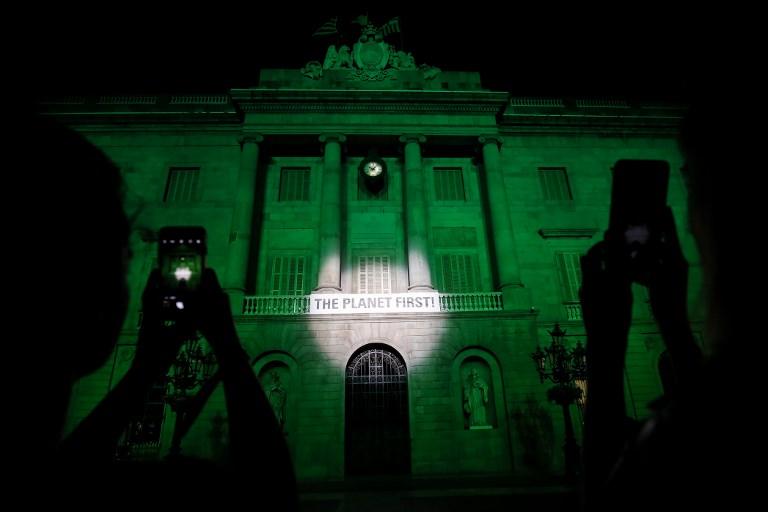 """Casa Blanca defiende decisión """"valiente"""" de dejar Acuerdo de París"""