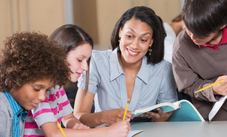 ¿Cómo acelerar las mejoras en educación?
