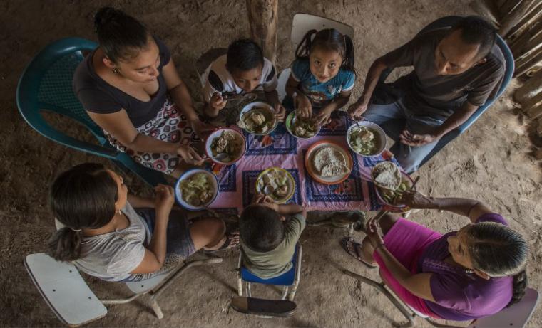 5 maneras en que la malnutrición está costando a AméricaLatina
