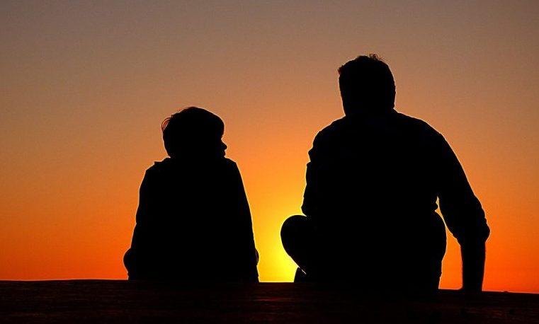 El comportamiento de los padres está relacionado con el riesgo de suicidio