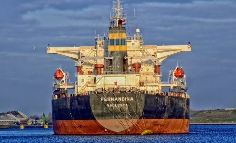 transporte marítimo barco buque
