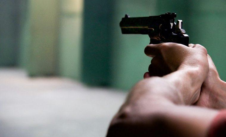 pistola revolver Medellín