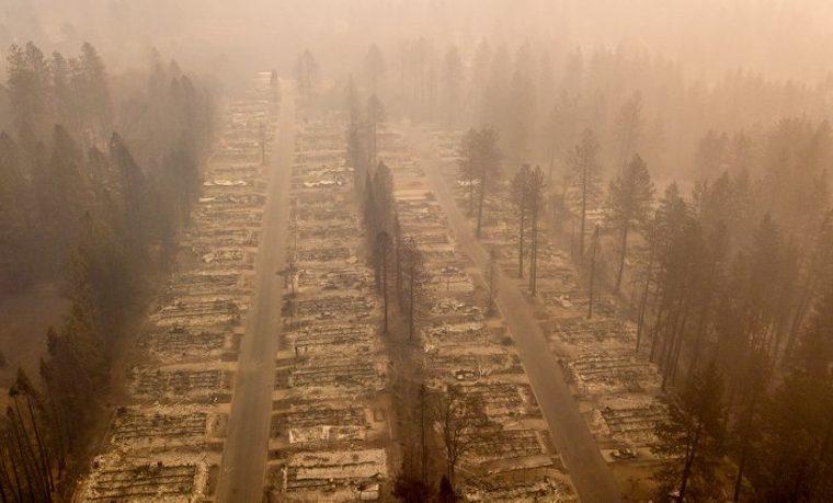 Los incendios en California suman 59 muertos y unos 130 desaparecidos