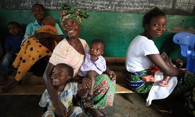 Abordar la desigualdad de género mediante inversiones en equidad en el sector de salud