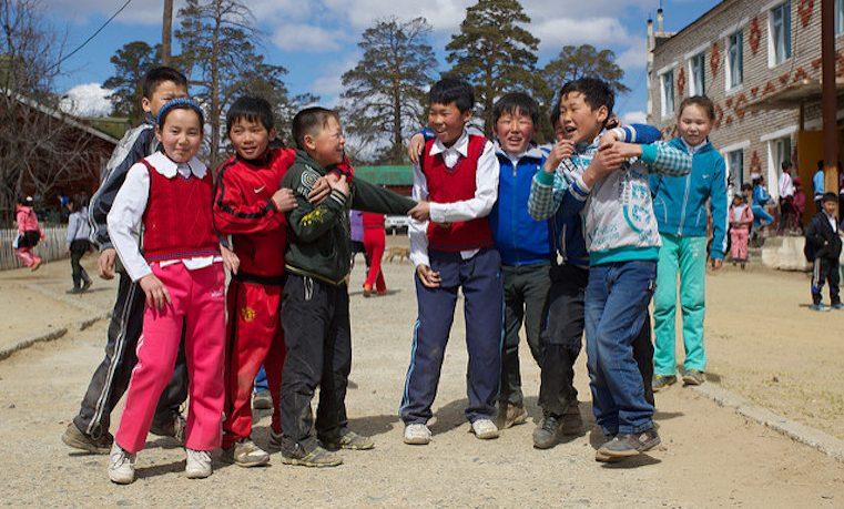 Los niños de nuestro planeta: ¿qué tiene que ver su educación con el cambio climático?