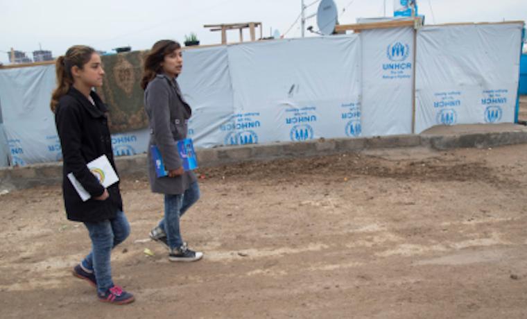 Maestros necesitan asistencia y capacitación para ayudar a estudiantes migrantes y refugiados que sufren de trauma