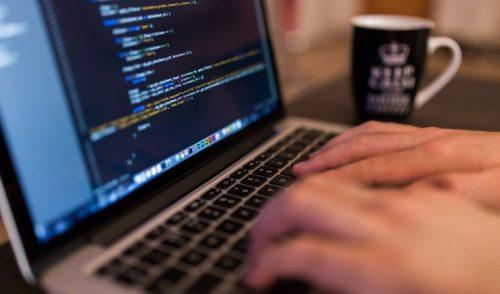 Bootcamps de programación: ¿Cuáles son sus resultados y qué futuro tienen en la región?