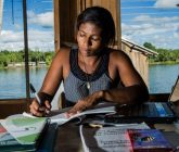 Soluciones extraordinarias: la población afrocolombiana utiliza todo su ingenio para luchar contra la COVID-19