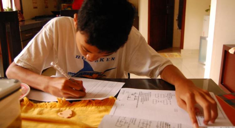 La reconstrucción de sistemas educativos resilientes