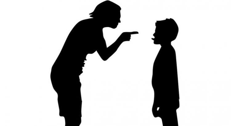 Acelerar la prohibición universal de los castigos corporales en los centroseducativos
